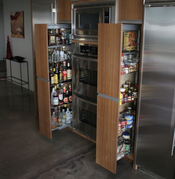 Pull Out Pantry W L Rubottom Cabinets Co