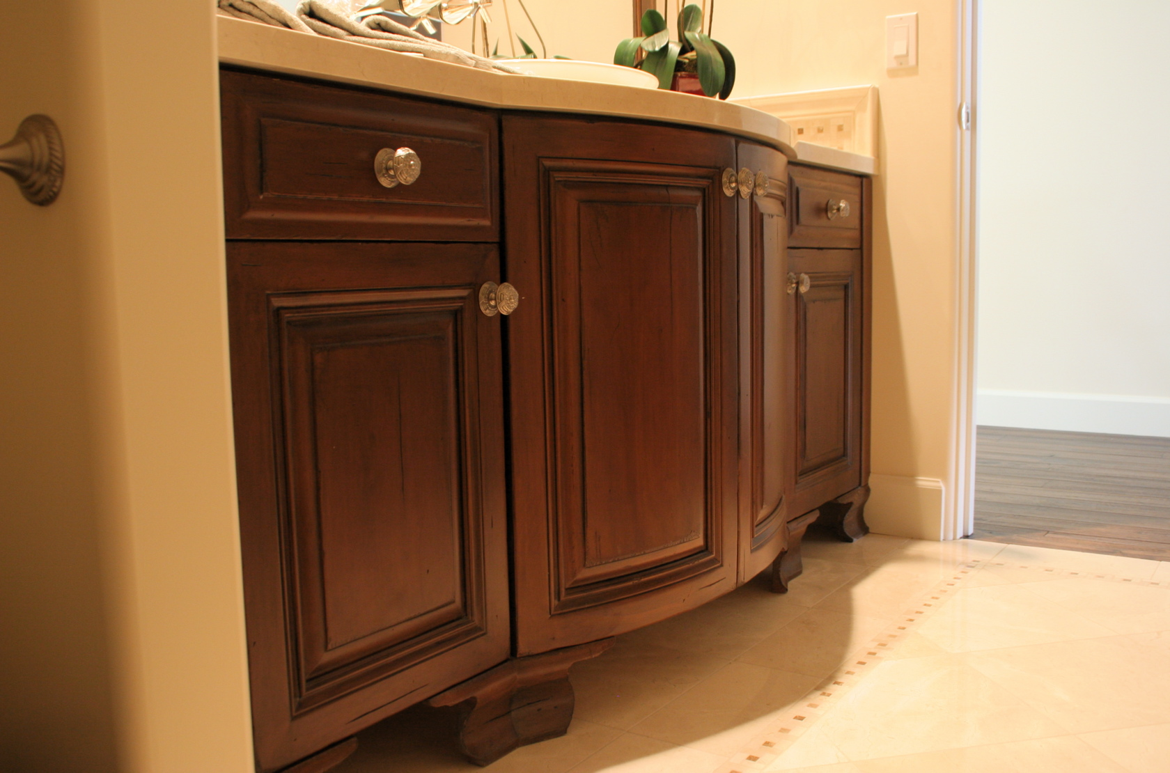 Legs On Bathroom Cabinets W L Rubottom Cabinets Co